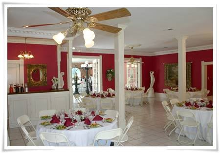 Victorian Carriage House banquet hall -- Special events venue in McMinnville, TN