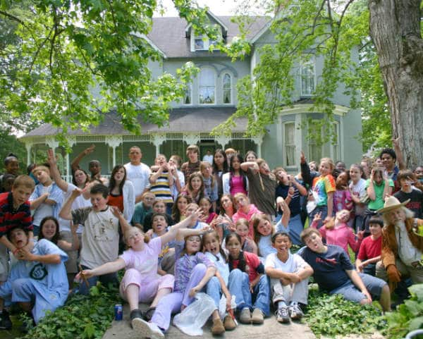 School field trips in Middle Tennessee -- Students learn while they laugh at Falcon Rest Mansion school group field trips