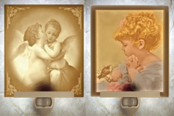Lithophane nightlights in the Victorian Gift Shop at Falcon Rest Mansion in McMinnville, TN